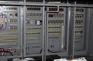 制御システム|白川舞台機構・さ...